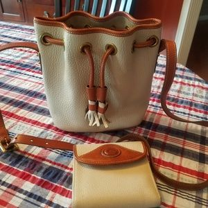 Dooney purse and wallet